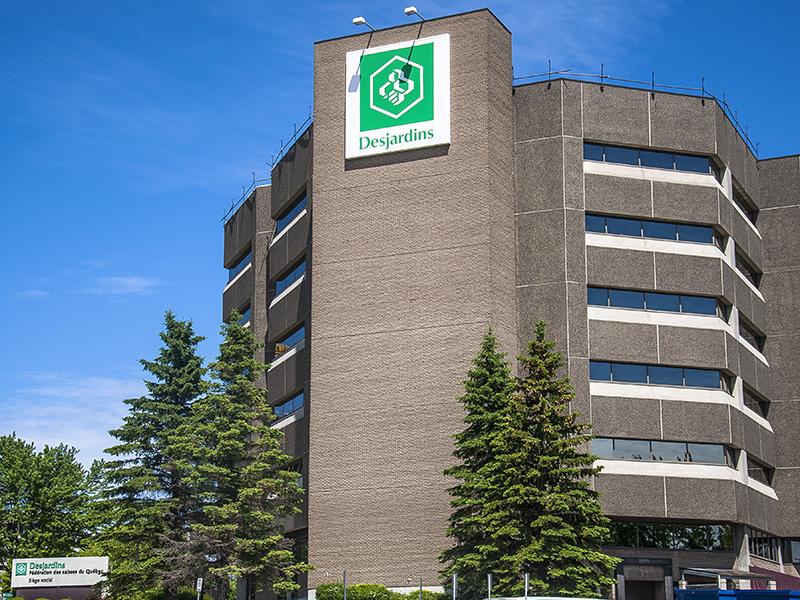 Siège social de la fédération des caisses Desjardins du Québec, situé à Lévis.